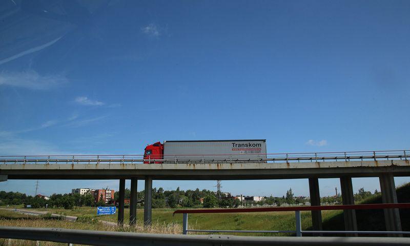 Siūlomos Mobilumo paketo nuostatos Lietuvos vežėjus vers nutraukti veiklą arba keltis į Vakarų šalis. Vladimiro Ivanovo (VŽ) nuotr.