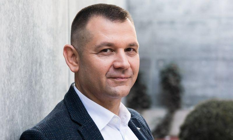 """UAB """"Betono mozaika"""" generalinis direktorius R. Venckus akcentavo, kad naujasis produktas neturi analogo Baltijos šalių rinkoje, nes tinka ir automobilių parkavimo zonoms įrengti."""