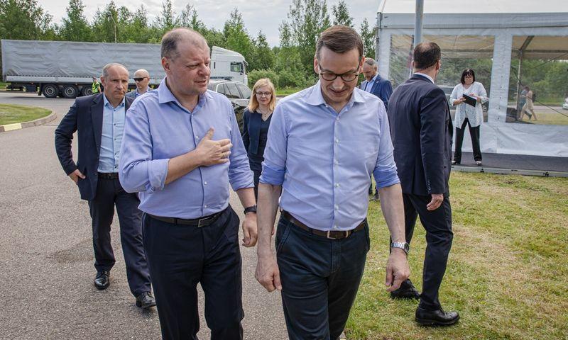 Lietuvos ir Lenkijos premjerų susitikimas Kalvarijos–Budzisko pasienio punkte. LRVK nuotr.