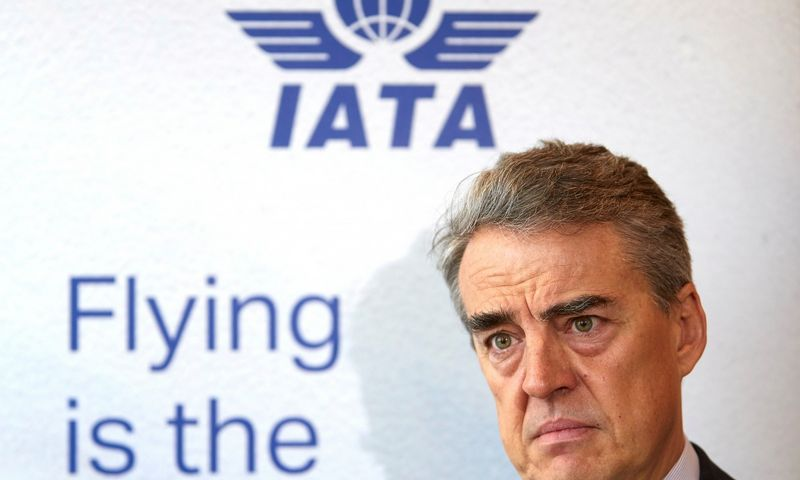 """Alexandre'as de Juniacas, IATA vadovas, prognozuoja labai lėtą pasaulinės aviacijos atsigavimą.,  """"Reuters"""" / """"Scanpix"""" nuotr."""