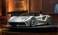 """Kinų pinigais maitinamas """"Lotus"""" tiki elektriniais superautomobiliais"""