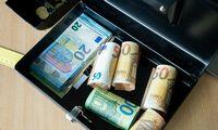 Seime kelią skinasi pelno mokesčio lengvata dideliems investuotojams