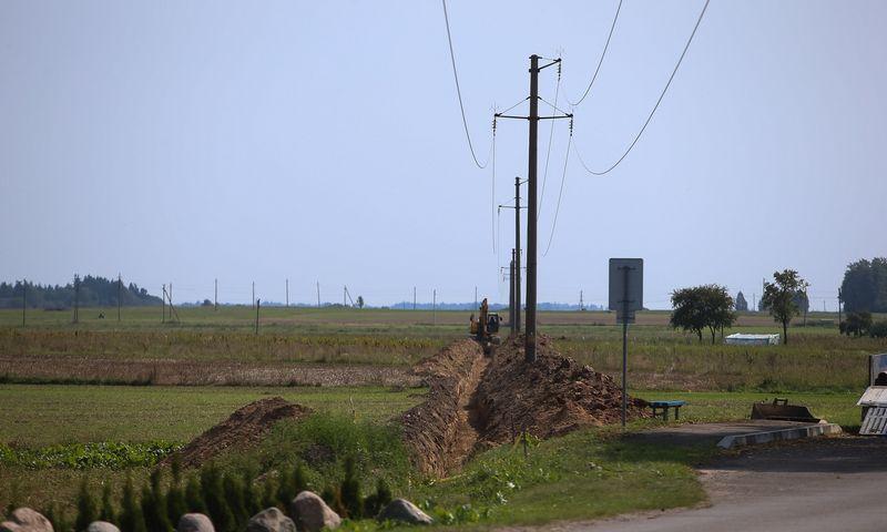 Kai kuriems kaimo vietovių verslininkams galvos skausmą kelia per maža elektros galia. Vladimiro Ivanovo (VŽ) nuotr.
