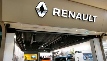 Prancūzijos vyriausybės parama atgaivino automobilių rinką