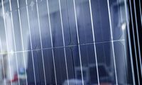 """Startuoja """"SolarBank"""" nutolusių saulės elektrinių daugiabučiams platforma"""
