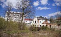 """Buvusio bankininko R. Baranausko namo vietoje daugiabučius plėtos """"Realco"""""""