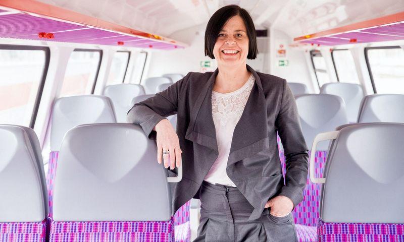 """Irena Jankutė-Balkūnė, """"Lietuvos geležinkelių"""" (LG) personalo direktorė, teigia, kad aktyvus rūpestis darbuotojais yra kiekvienos tvarumą akcentuojančios įmonės prioritetas. Juditos Grigelytės (VŽ) nuotr."""