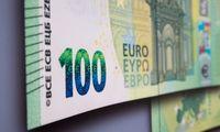 """""""Fitch"""" rekordiniu tempu blogina valstybių kredito reitingus"""