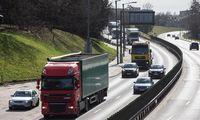 Transportininkų realybė: vieni taikosi su praradimais, kiti vos spėja skaičiuoti pelną