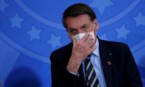 Pandemijos grėsmę menkinusiam Brazilijos prezidentui patvirtintas COVID-19