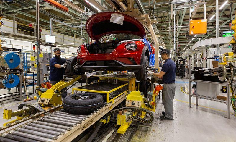 """2.100 naujuosius standartus jau atitinkančių automobilių tipų vis dar neturi tai patvirtinančių sertifikatų. """"Newspress"""" nuotr."""