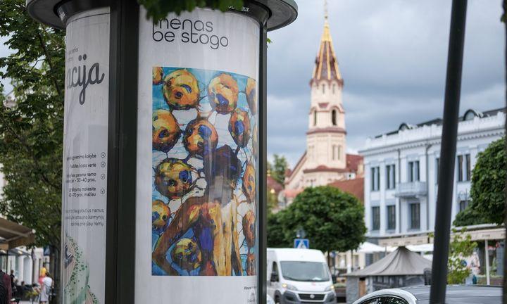 Vilniaus gatvėse – galerija po atviru stogu