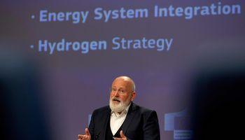 ES siekia plėtoti vandenilio technologijas, kritikai perspėja dėl poveikio aplinkai