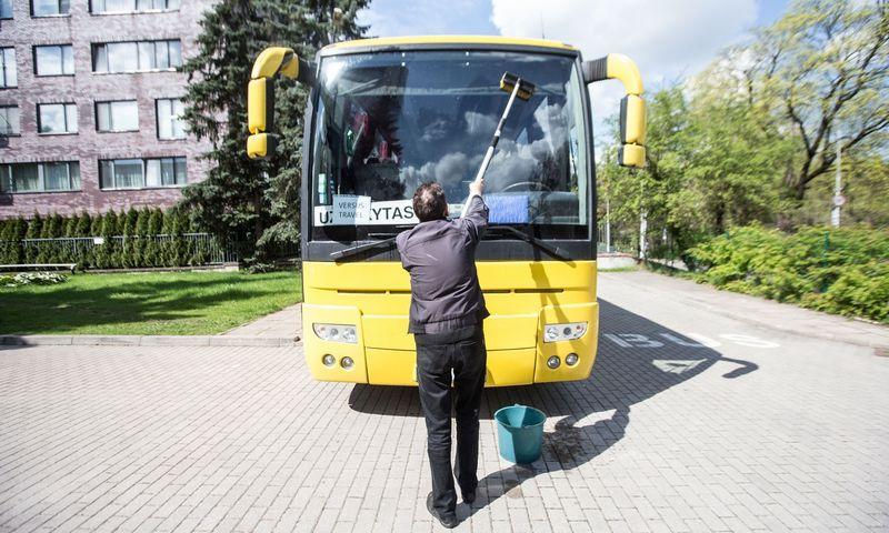 Skelbiama, kad naujoji tvarka leis geriau kontroliuoti vairuotojų darbo ir poilsio režimą. Juditos Grigelytės (VŽ) nuotr.