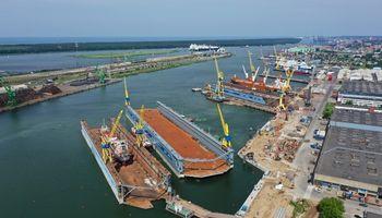 """""""Vakarų laivų gamykla"""" pasiruošusi priimti """"Panamax"""", """"Postpanamax"""" ir """"Aframax"""" tipo laivus"""
