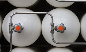 Dujų balionams daugiabučiuose keisti - valstybės parama