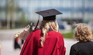 Siūlo skatinamąsias stipendijas informatikos irinžinerijos studentams regionuose