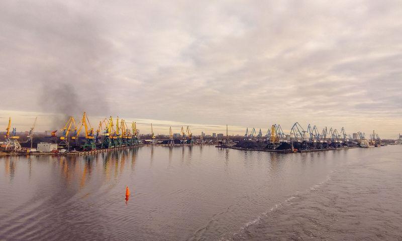 Rygos uostas. Vladimiro Ivanovo (VŽ) nuotr.
