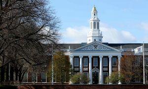 Užsieniečiams studentams nereikės išvykti iš JAV