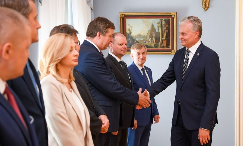 Prezidentas G. Nausėda surengė Valstybės gynimo tarybos posėdį. Roberto Dačkaus (Prezidento kanceliarija) nuotr.