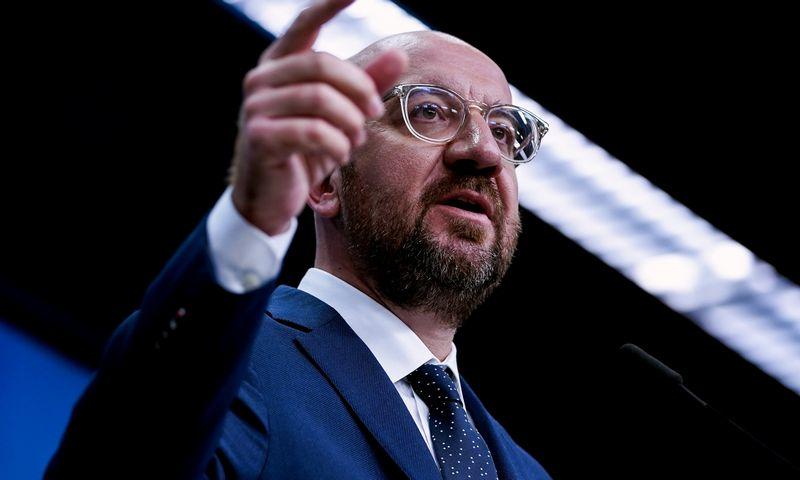 """Charles'is Michelis, Europos Vadovų Tarybos pirmininkas, ES valstybėms narėms pateikė kompromisinį pasiūlymą dėl Bendrijos pinigų. Kenzo Tribouillard'o (""""Reuters"""" / """"Scanpix"""") nuotr."""