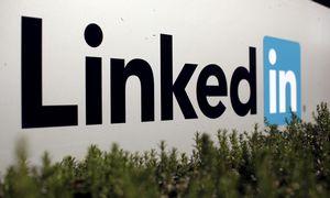 """""""LinkedIn"""" planuoja atleisti 960 darbuotojų"""