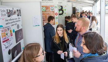 Lietuvos būsimieji verslininkai rungiasi Europos turnyre
