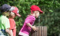 Lenkija kiekvienam vaikui skirs 113 Eur vertės vaučerį atostogoms
