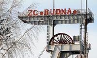 Lenkija sprendžia anglių pramonės likimą – sektorius tampa našta