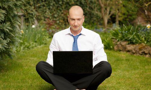 Darbuotojai tikisi, kad nuotolinis darbas taps norma