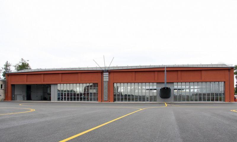 KOP AB nuotraukoje – vienas iš naujųjų KOP Aviacijos bazės infrastruktūros objektų – istorinio Antano Gustaičio angaro, kuriame tarpukariu buvo surenkami lietuviški lėktuvai ANBO, rekonstrukcija.