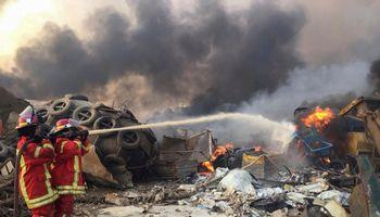 Po sprogimų Beirute – dešimtys žuvusiųjų, tūkstančiai sužeistų