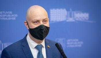 Prezidentūra: ministras A. Veryga negali likti nuošalyje, turi pateikti paaiškinimą