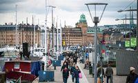 Švedija dėl savo pandemijos valdymo strategijos sausa iš balos neišlipo