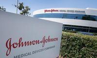 """""""Johnson & Johnson"""" su JAV valdžia pasirašė daugiau kaip 1 mlrd. USD sutartį dėl COVID-19 vakcinos"""