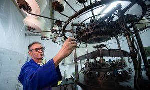 Prancūzijos darbo vietų skaičius sumenko, gamybos apimtys keliasi iš sąstingio