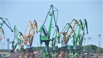 """""""Klasco"""" ir """"Bega"""" tikina, kad amonio trąšos Klaipėdos uoste kraunamos saugiai"""