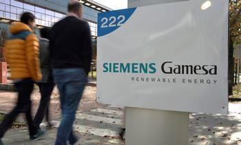 """Siemens"" neišvengė pelno kryčio"