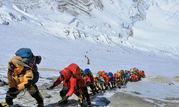 Rudenį vėl bus galima kopti į Everestą
