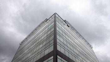 Įmonės skenuoja galimybę atsisakyti dalies biurų ploto