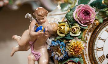 Laikrodžių muziejuje – įstabi porceliano istorija
