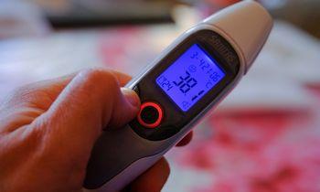 Peršalimas treniruoja imuninęsistemą atsilaikyti prieš COVID-19