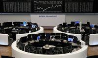 """Investuotojai įsikibę akcijų neramumų apsuptyje, """"Klaipėdos nafta"""" ramina dėl Baltarusijos"""