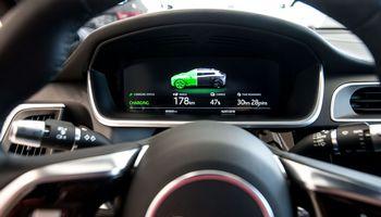"""Milijono mylių baterijos: ne taip """"žalia"""", kaip atrodo"""