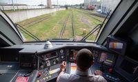 """""""Lietuvos geležinkeliai"""" krinta, bet ne taip skaudžiai, kaip kitos Europos bendrovės"""