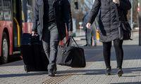 Vyriausybėje –siūlymai nedrausti atvykti užsienio studentams, investuotojams