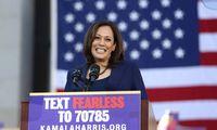JAV prezidento posto siekiantis J. Bidenas kampanijos partnere pasirinko senatorę K.Harris