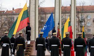 Maskva: JAV karių nuolatinis dislokavimas Rytų Europoje pakirstų NATO ir Rusijos sutartį