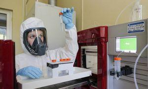 PSO nelaiko Rusijoje sukurtos COVID-19 vakcinos pasiekusia pažengusių bandymų stadiją