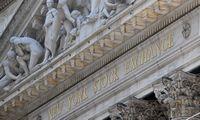 Stipriausią šimtadienį nuo 1933 m. patyrusios akcijos atsimušė į lubas